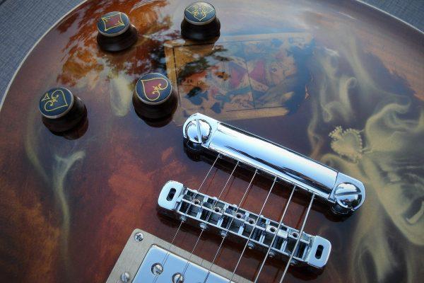 Пиковая дама – Изготовление гитар на заказ