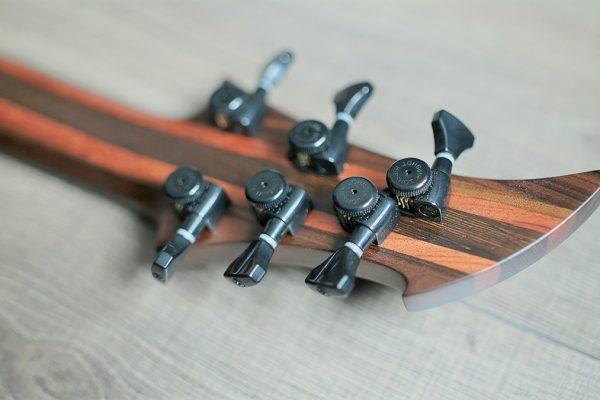 Megalodon – Изготовление гитар на заказ