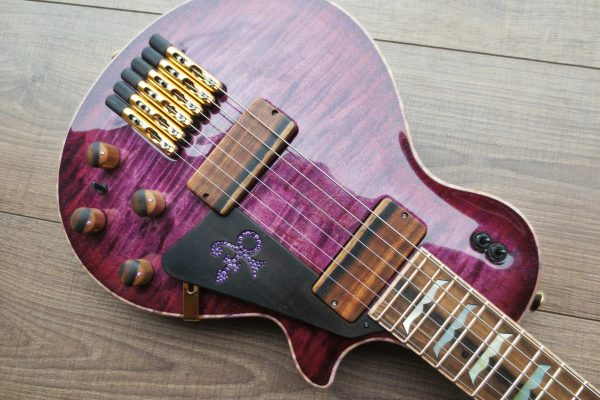 Travel LP Purple Rain – Изготовление гитар на заказ