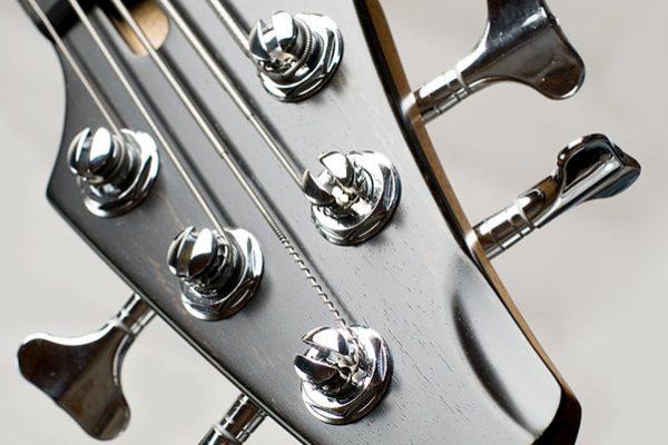 Chocolate Swing Bass – Изготовление гитар на заказ
