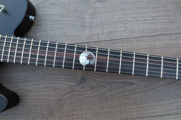 Black Moon – Изготовление гитар на заказ