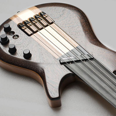Chocolate Swing Bass Эксклюзивные гитары класса Boutique – Гитары на заказ – Мастеровые гитары